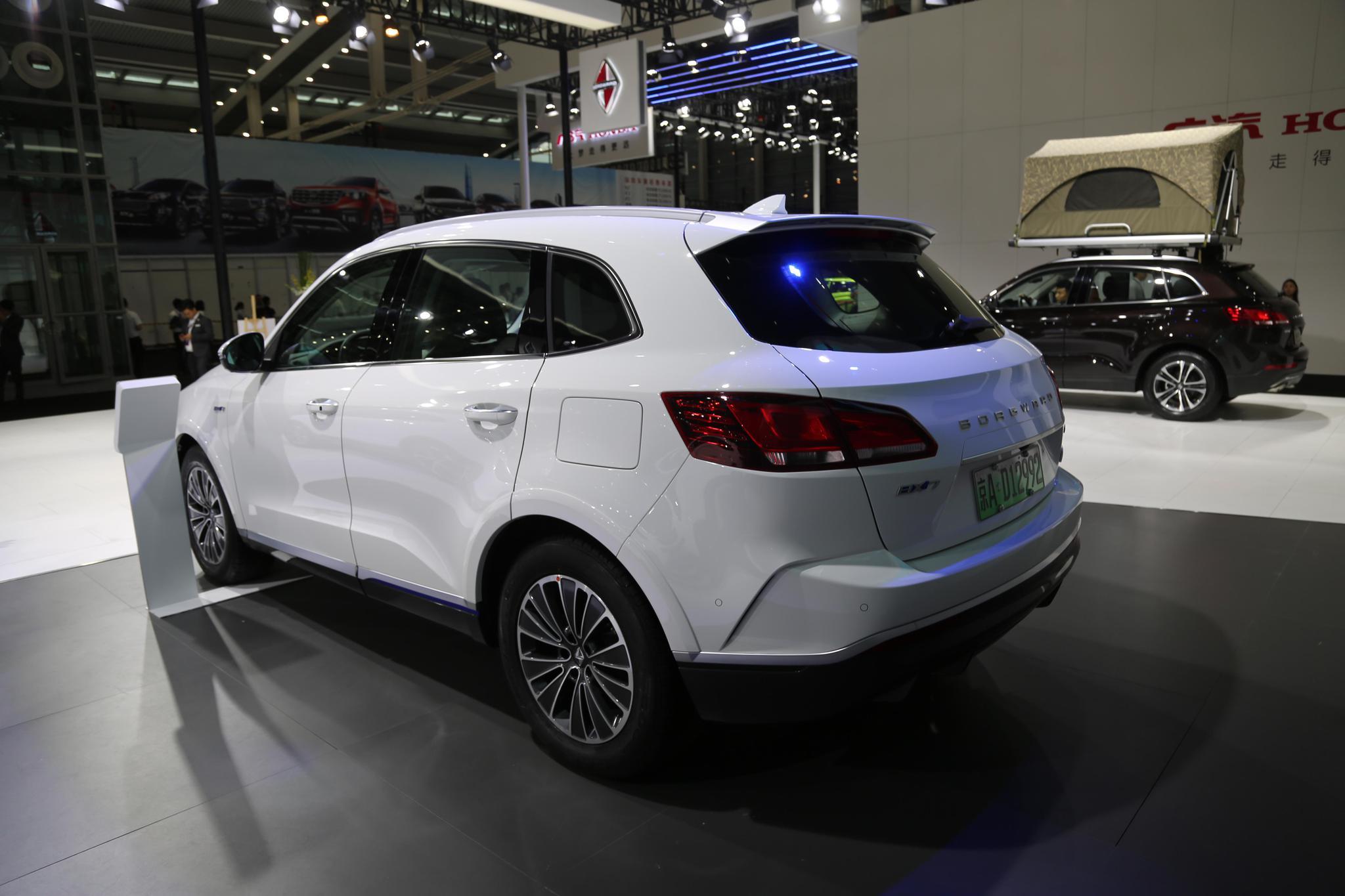 宝沃汽车-宝沃BXi7,30万级别四驱纯电SUV,车展实拍!
