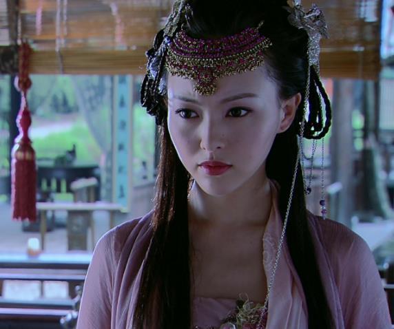 唐嫣《轩辕剑》里八套最美服饰,少女装扮惹人怜,魔女装像牛魔王