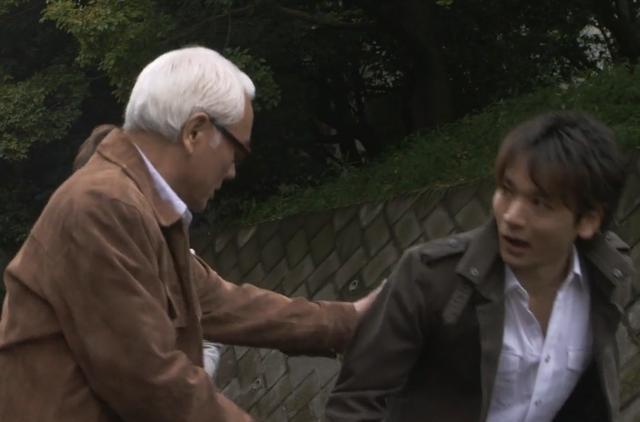 大古的岳父,早田,这一幕串通了两个不同时代的人的情怀,被奥迷们捧成