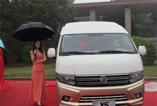 最便宜的国产房车来了,售价11万,网友:老百姓也能买得起!