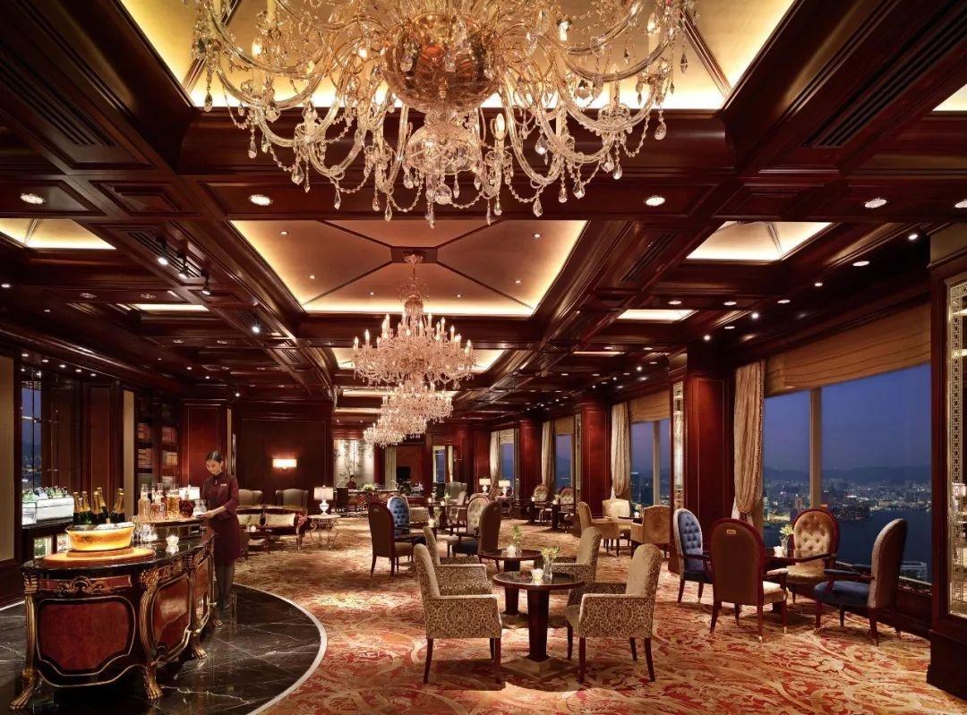 在汇聚精髓的港岛香格里拉大酒店,感受到其对艺术与细节的极致追求