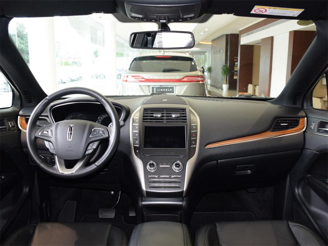 买车就是要帅!这两款SUV颜值超高,回头率比BBA高1倍!