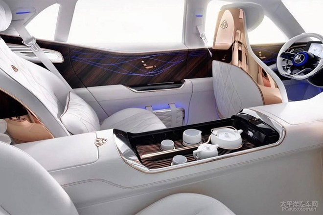 迈巴赫Ultimate Luxury官图曝光 感受极致奢华