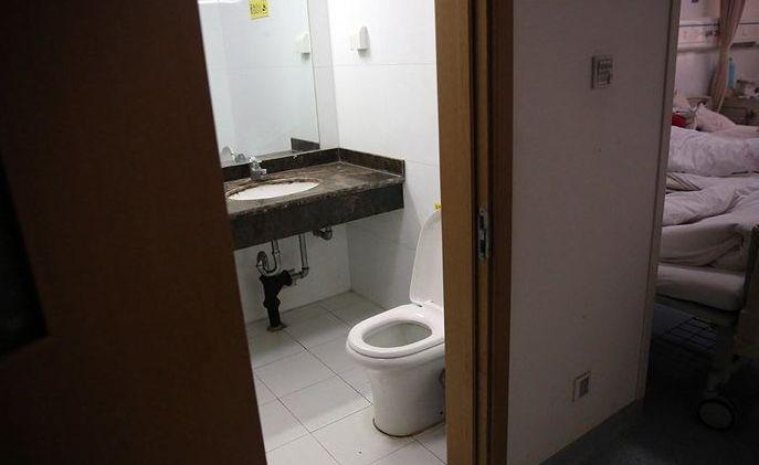 孕妇梦到卫生间门口有是为什么