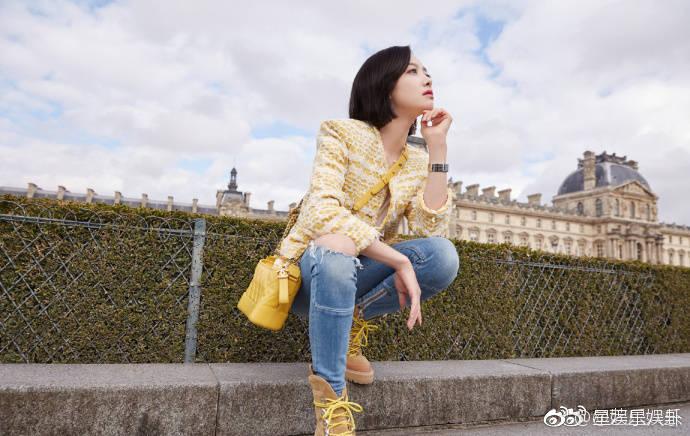 宋茜色情小�_宋茜鹅黄色外套搭破洞牛仔裤