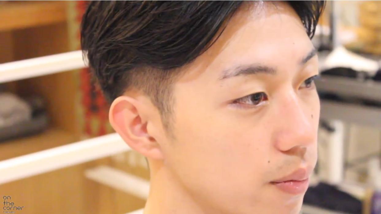 长脸男生到美发店大改造,剪完头发变型男图片