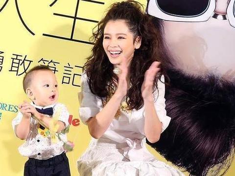 """徐若瑄发文交代后事吓坏网友,原来她跟琼瑶一样""""想有尊严的死"""""""