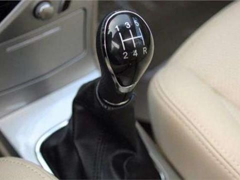 什么是汽车的直接挡?什么是<em>超速</em>挡?