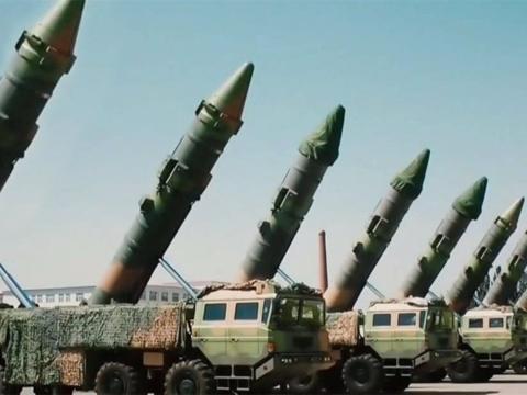 俄罗斯给中国东风41敲响警钟:别关顾着防核导弹却被它掀翻!