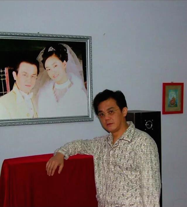 他本名邓小林,是一名相声演员,今年已经57岁了.图片