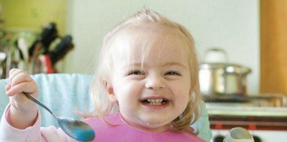 宝宝一岁多,怎么合理安排一日三餐呢?!