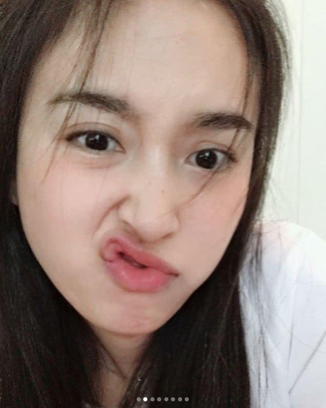 泰国最美变性人饰演张家辉妻子走红,今晒素颜照,清纯又不失妩媚