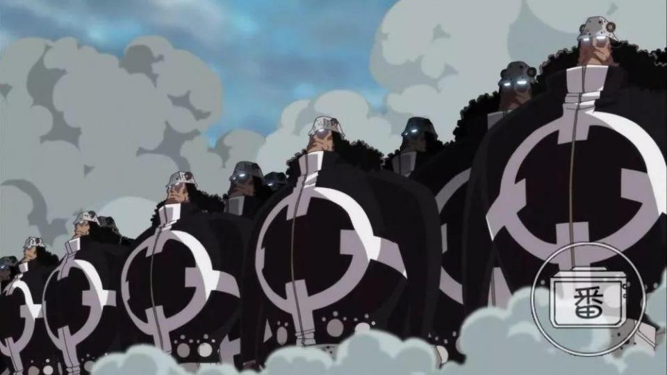 揭开海贼王里暴君熊的5种身份,曾经的国王如今沦为天龙人奴隶