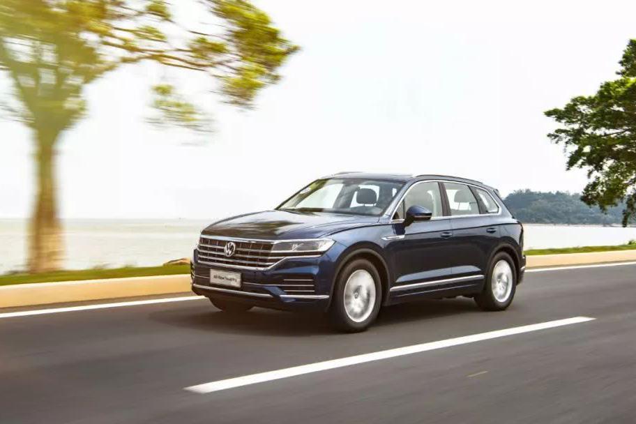 史上最强的大众SUV是怎样的?小涵抢先体验全新一代途锐