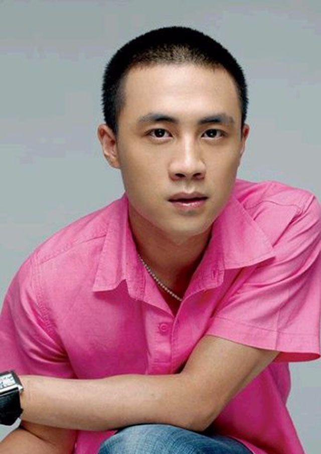 杜淳换新发型堪比整容,37岁男人迎来颜值新巅峰图片