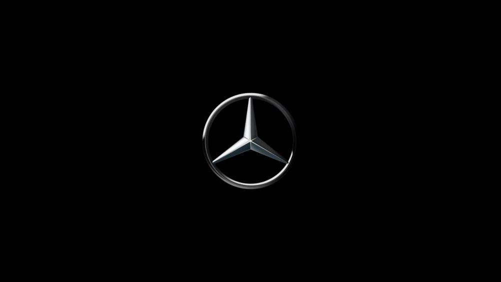 梅赛德斯-奔驰 2019 E-Class 轿车搭载最新的驾驶辅助系统