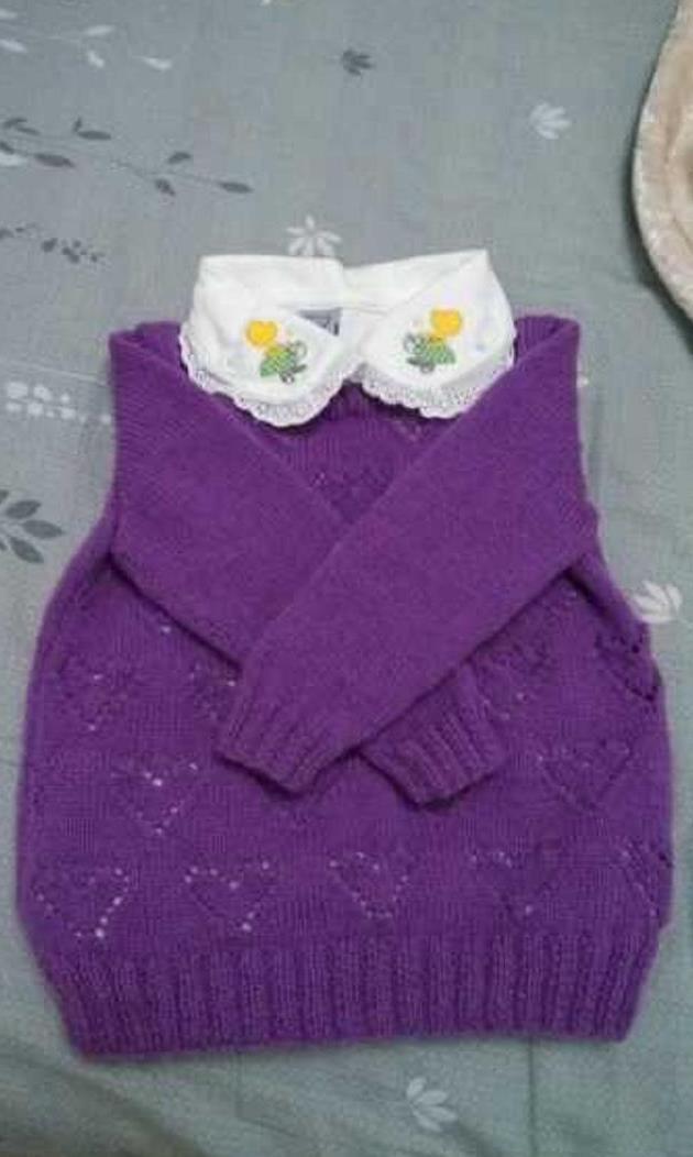 玫紫色爱心镂空花样宝宝套头衫编织,带心形图解与教程