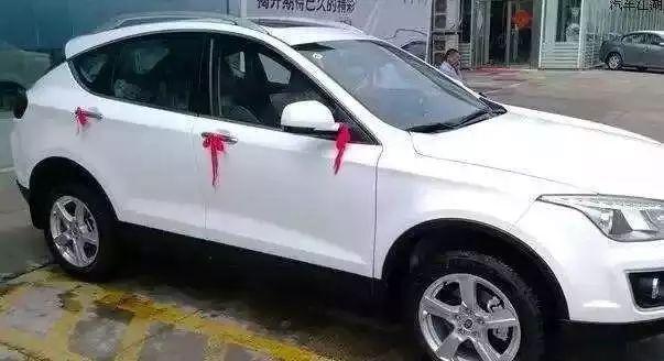 新车习惯绑红绳,看到这些车别被骗,都是二手货