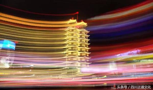 """二七塔夜景 二七塔创意手绘图 第三幕:郑州巨变 """"曾经的郑州,沧桑"""