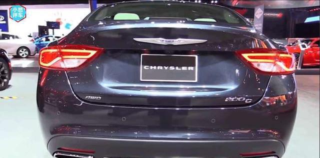 """关于""""克莱斯勒200c上市"""",16w起价,相信很多制造商要急了吧!"""