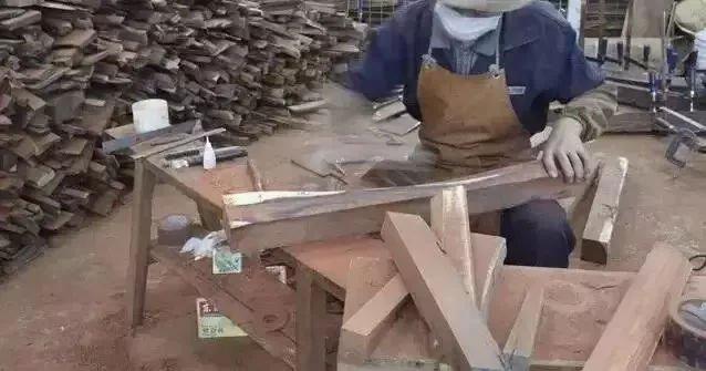 一吨红木到底能做多少家具?算完吓一跳!也是贵得有理的!