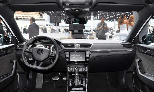 斯柯达全新旅行车,纯进口或售30万