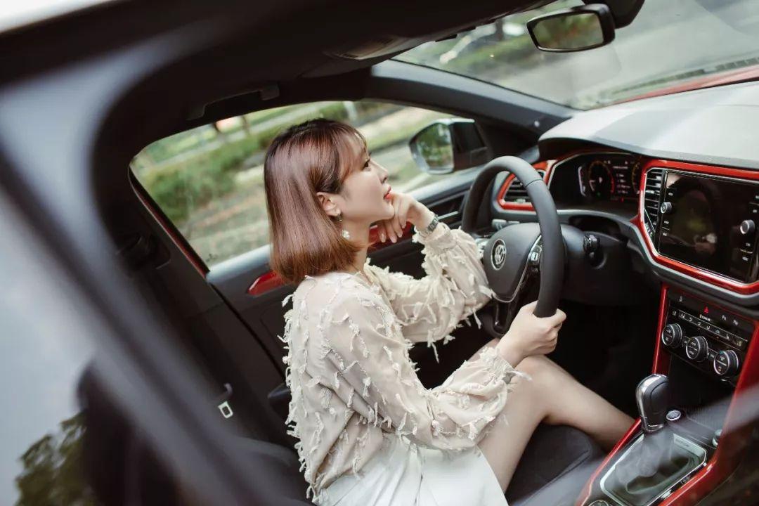 """流行还是摇滚,楠姐体验一汽大众首款SUV""""探歌"""""""