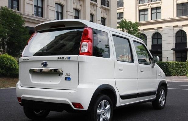 谁都能造新能源汽车啊,昌河的北斗星X5E正式上市了