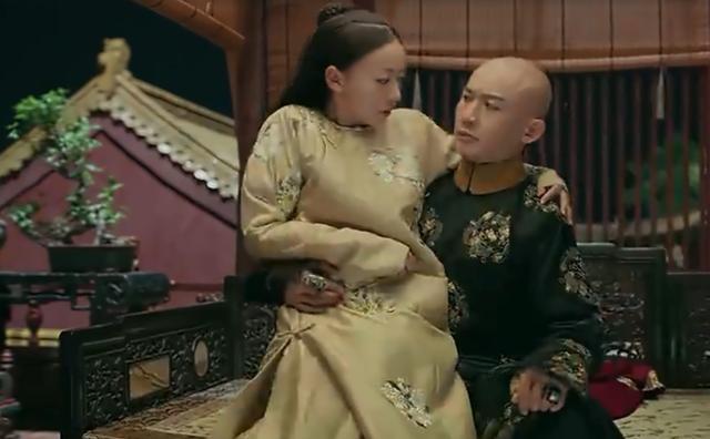 侍寝视频_《延禧宫略》皇后怀孕就睡在隔壁,皇上居然忍不住,逼迫璎珞侍寝