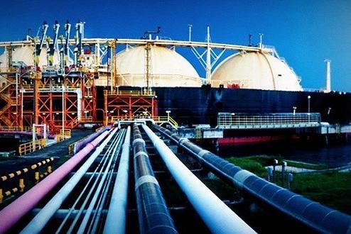 全球原油消费大国叫嚣沙特:快降价!中国或与这国联手搅动油市?