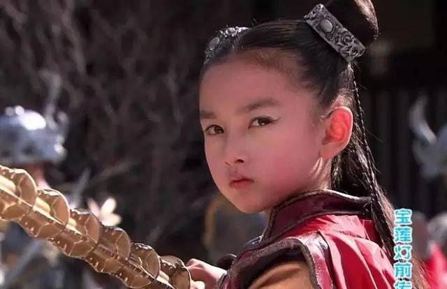 """宋祖儿:在《宝莲灯前传》中宋祖儿扮演的小哪吒被网友成为是""""最美图片"""