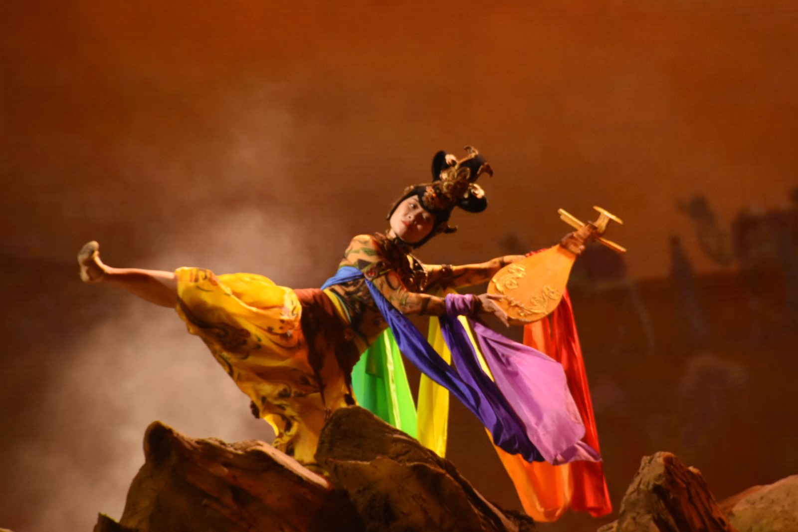 【五一浐灞游】世界首创旋转实景演艺《驼铃传奇》秀震撼你的眼