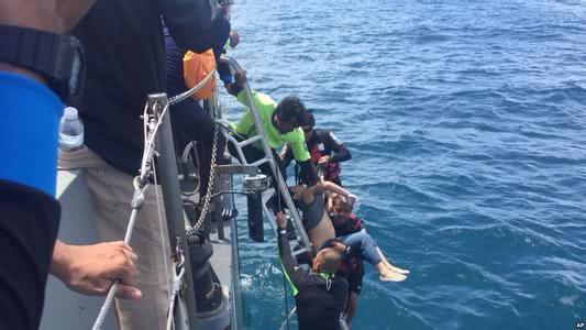 这几天泰国普吉岛翻船事故刷爆了朋友圈,大家都在关注救援进展的同时