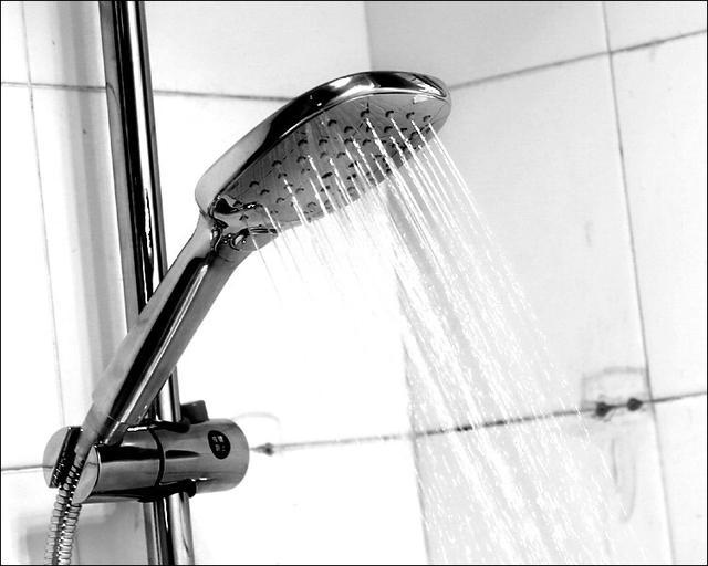 旧貌换新颜,安装一套多功能淋浴器需要这些技巧!图片