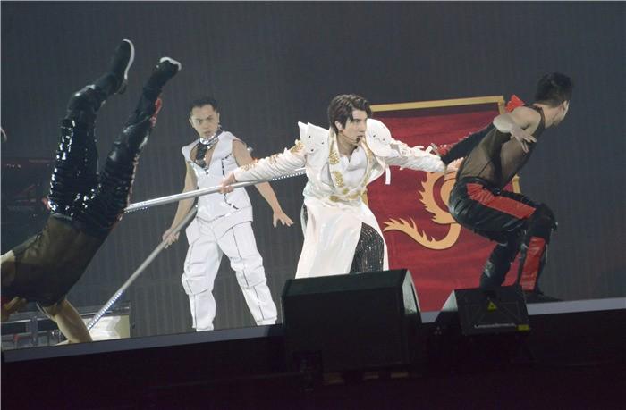王力宏让世界看见中国文化  新巡演获外媒 CNN 头版报导