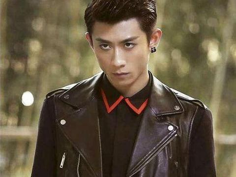 张一山,胡歌发型帅气十足,网友:王俊凯的发型比较适合小鲜肉图片