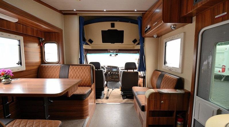 五菱征程改装房车内饰 五菱改房车的车效果图图片