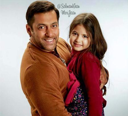 《小萝莉的猴神大叔》有望今年引进, 片中的印度小萝莉实在太可爱