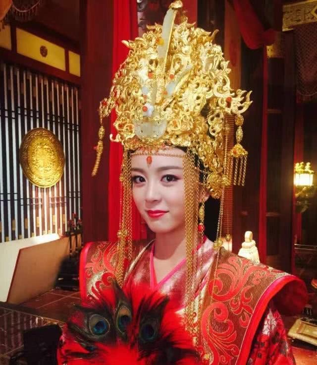 杨丽华的对方这个皇后为何在历史上与众不同?揭秘杨丽华的传奇再说了一生!