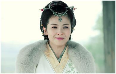 霓凰郡主是刘涛近几年最新的一个古装造型了,在《琅琊榜》中饰演