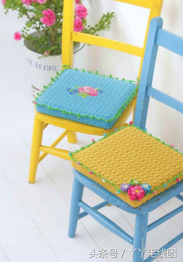 钩针编织坐垫,配上一朵花瞬间美美哒