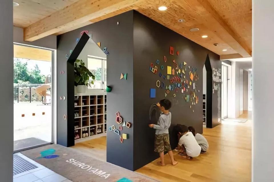 鼓励生育 日本让孩子免费上幼儿园 这8个变态细节值得