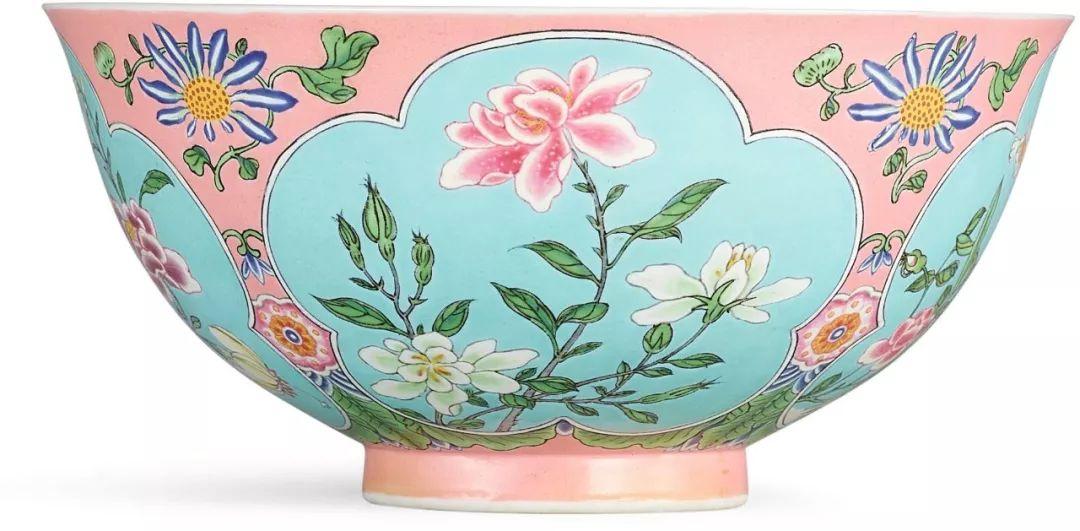 香港纪伯伦国际拍卖行-近20年国际市场上,瓷器拍卖概况