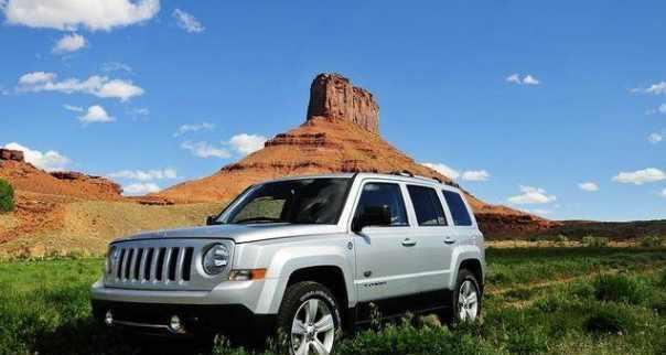 全新jeep自由客, 性能不输丰田霸道, 路虎看到立马就萎了!