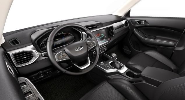 这款车价格不到7万,配备智能手环钥匙,还具有手势控制黑科技