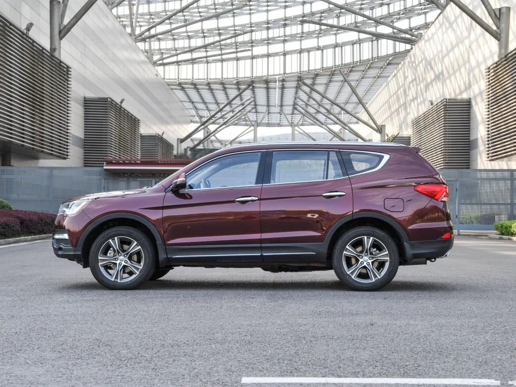 只卖11万的国产7座SUV,车长4米8,颜值不输汉兰达!