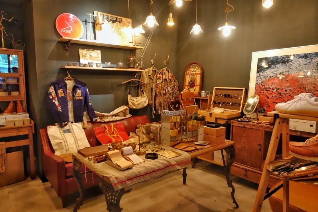 杭州新开一间古董杂货铺,竟是高级肉食者的御用接头点