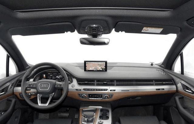 2017年最新款的奥迪Q7, 大气而不失优雅
