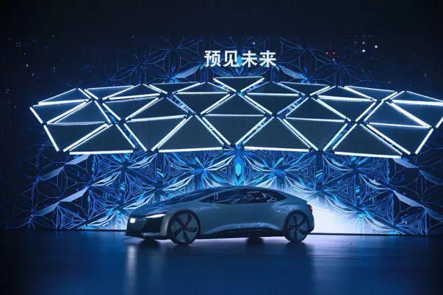 续航500公里,奥迪e-tron电动SUV 2019年上市,快充功率150千瓦