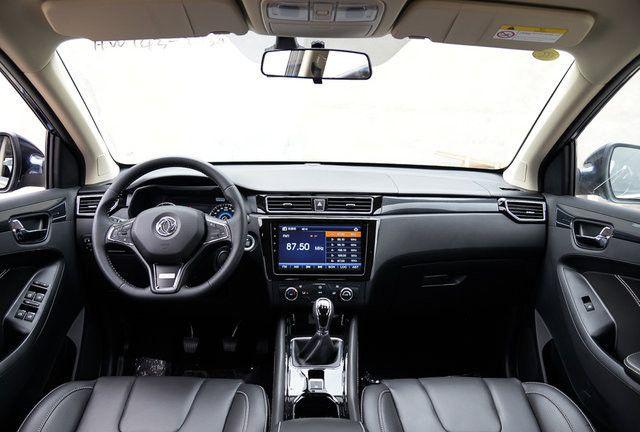 东风风光出新车!油耗超低本田比不过,颜值完胜长安CX70!